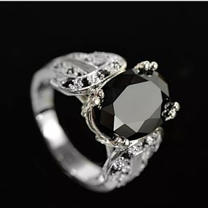 Elegant Women Oval Cut Black Sapphire Silver Ring